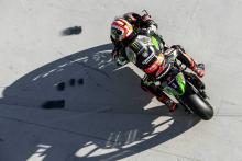 Rea leads van der Mark in chilly Assen FP1