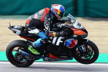Razgatlioglu dismisses factory rivals in 11th to podium charge