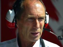 Corbett: Overtaking is very difficult at Indy.
