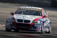 WTCC Slovakia 2013: Calm and cool Coronel claims race two win