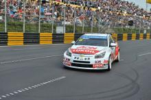 Masterful Muller's seventh victory of 2013 with Macau win