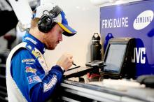 Vickers to return to action in March