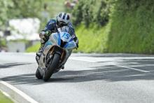 TT 2017: William Dunlop fastest in Supersport class