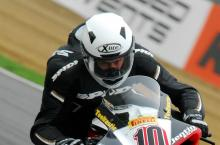 Kirkham suffers hand injury