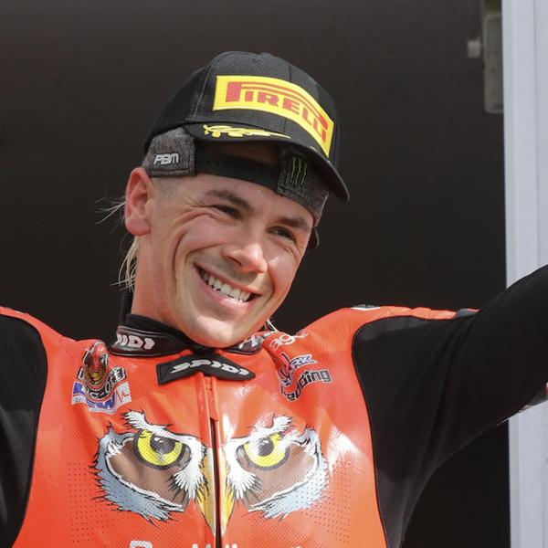 Redding doubles up to dominate at Snetterton