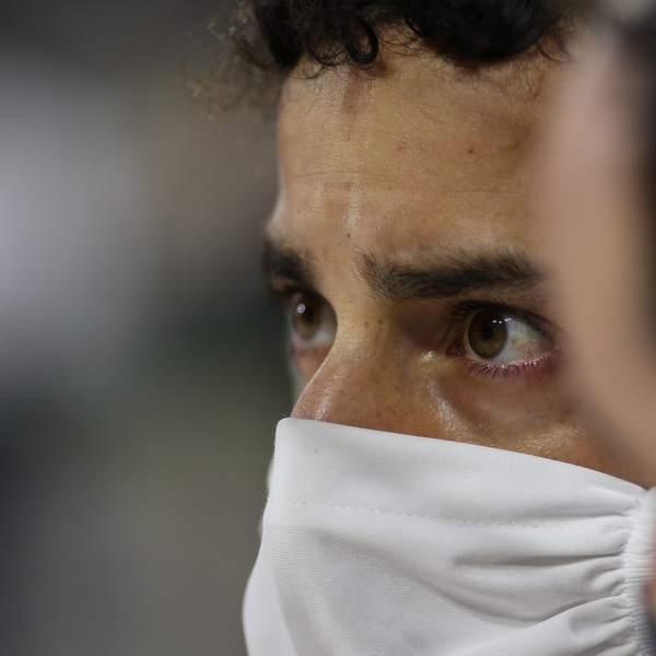 Daniel Ricciardo (AUS) Renault F1 Team on the grid.