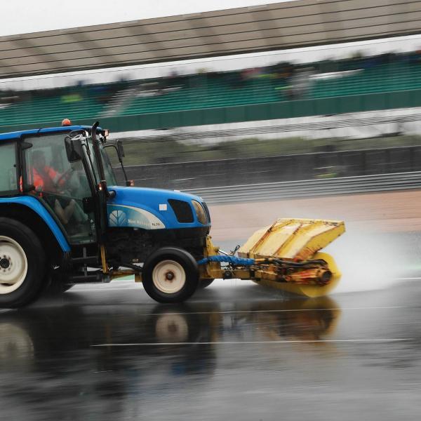 Silverstone confirms full resurfacing, extends British MotoGP deal