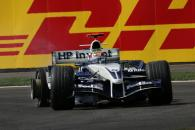 Mark Webber suffers a puncture