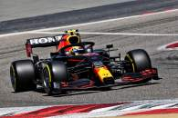 Sergio Perez (MEX) Red Bull Racing RB16B.