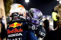Race winner Lewis Hamilton (GBR) Mercedes AMG F1 celebrates with second placed Max Verstappen (NLD) Red Bull Racing in parc ferme.