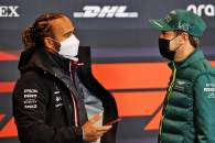 (L to R): Lewis Hamilton (GBR) Mercedes AMG F1 with Sebastian Vettel (GER) Aston Martin F1 Team in the FIA Press Conference.