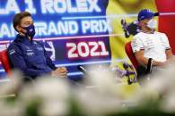 (L to R): George Russell (GBR) Williams Racing and Valtteri Bottas (FIN) Mercedes AMG F1 in the FIA Press Conference.